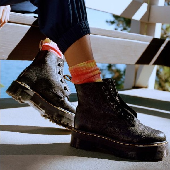 coupon codes meet fine craftsmanship Dr. Martens Sinclair Jungle Boot size 5 womens